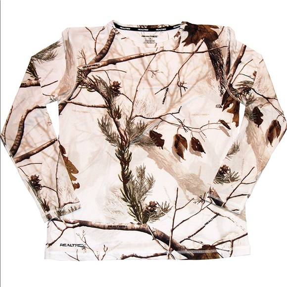 New NWT Womens  Realtree APS  Thermal Crew Neck Top Camo White Size L 38-40